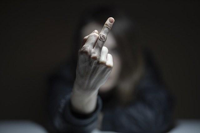 No, las palabras no pueden ser violencia: la violencia reside en la intención